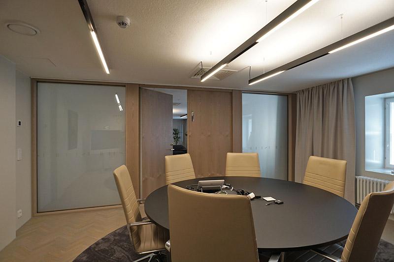 DIM Glass- älylasia Rettig Groupin pääkonttorissa