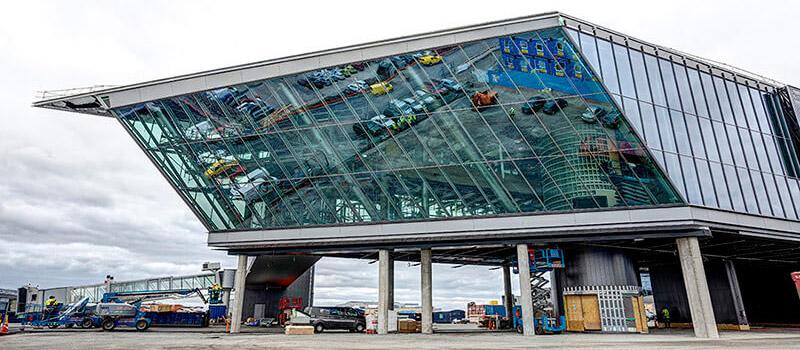 Helsinki-Vantaan lentokenttäterminaali
